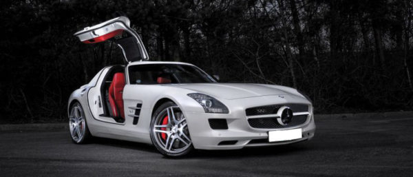 This Meercedes SLS AMG Gullwing is available for hire anywhere in UK.