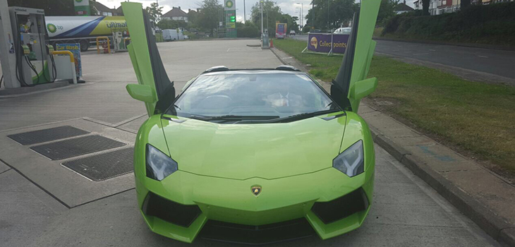 This Lamborghini Aventador Roadster is available for hire anywhere in UK.