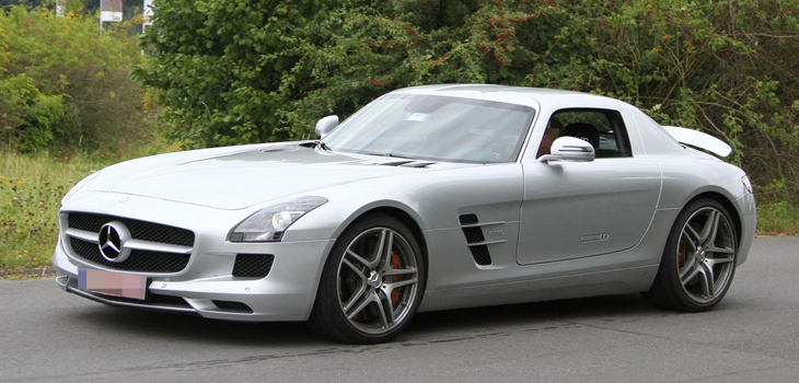 This Mercedes SLS Class is available for hire anywhere in UK.