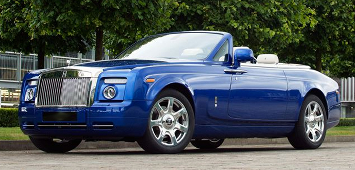 This Rolls Royce Drophead is available for hire anywhere in UK.