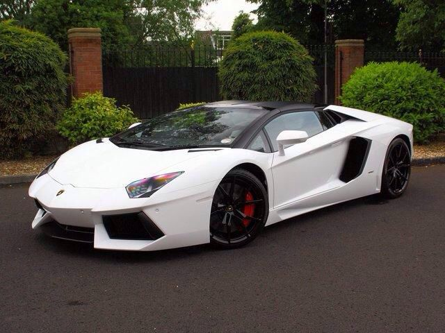 This Lamborghini Aventador LP700-4 Roadster is available for hire anywhere in UK.