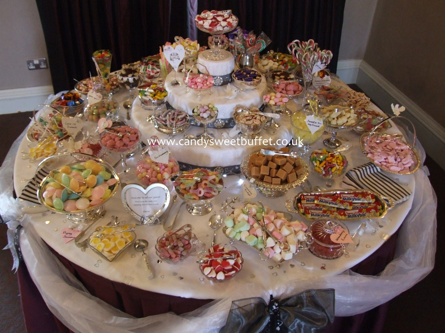 sweets table hire in manchester