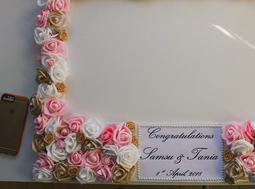 amour.afnan_gold-pink-white-frame3