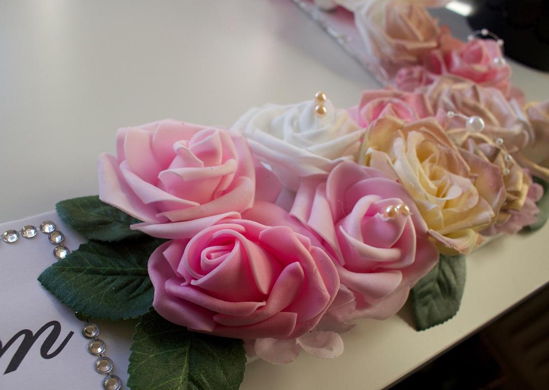 amour.afnan_mix-floral-frame2