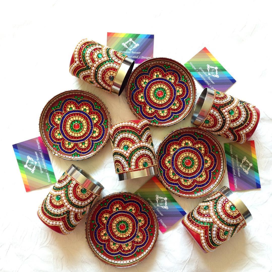 grandeurbazaar_small-cups-and-plates-for-mendhi