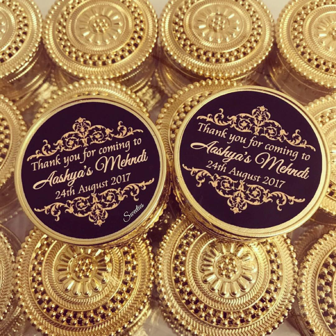 sweeties_uk_gold-favour-boxes