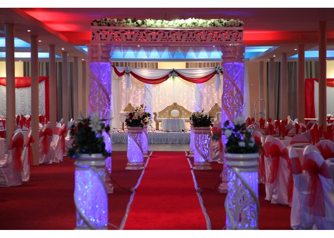 Grand Venue Oldham-featured